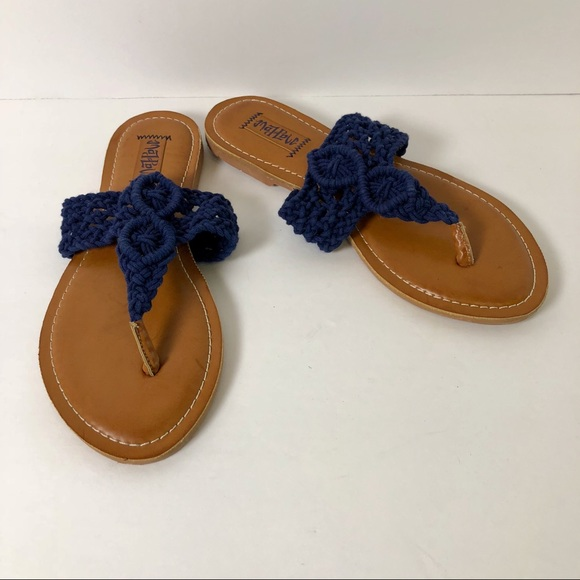 5361153aaae0 Mad Love Shoes - Crocheted Macrame Sandals 6 Flip Flops MAD LOVE